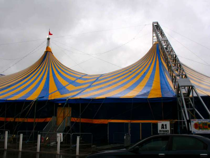Rudi_Enos_Design_Mobile_Structures_Butlins_07.jpg