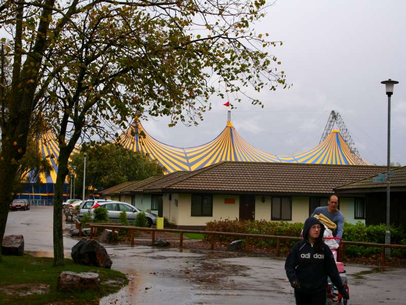 Rudi_Enos_Design_Mobile_Structures_Butlins_09.jpg